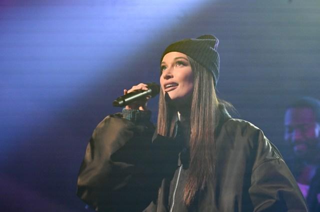 Kacey Musgraves Sings 'Breadwinner,' Makes It Rain Hundreds on 'Colbert'.jpg