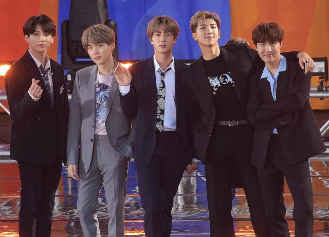 Coldplay and BTS Expand 'My Universe' With a Suga Remix.jpg