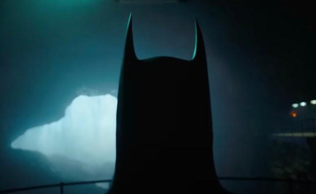 Michael Keaton's Batman Returns in New Teaser for 'The Flash'.jpg