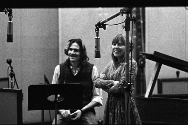 'Musically, We Were a Great Couple': Hear Joni Mitchell, James Taylor Duet on 'You Can Close Your Eyes'.jpg
