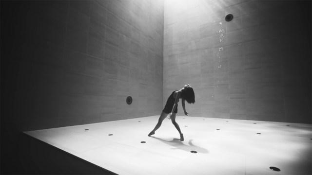 Ricardo Arjona Explores Deep Emotion on the Ballad 'De la Ilusión al Miedo'.jpg
