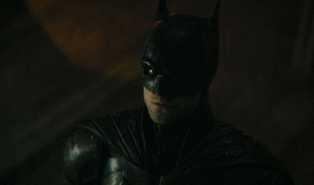 'The Batman': Gritty New Trailer Showcases Catwoman and the Penguin.jpg