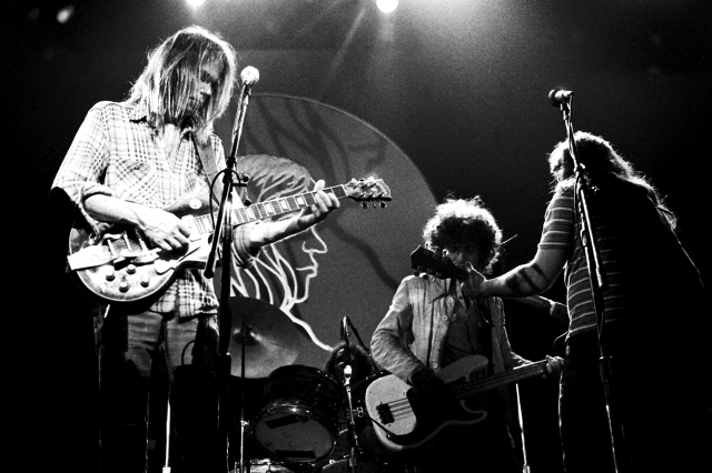 Flashback: Neil Young and Crazy Horse Play an Epic 'Down by the River' in 1976.jpg